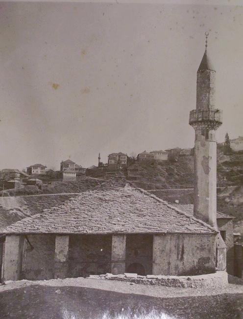 Emri:  xhamia e lagjes Hazmurat.jpg  Shikime: 86  Madhësia:  45.3 KB