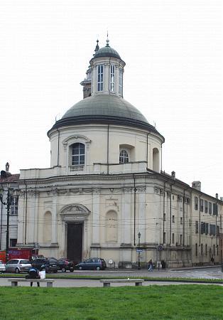 Emri:  Torino04.jpg  Shikime: 3317  Madhësia:  24.0 KB