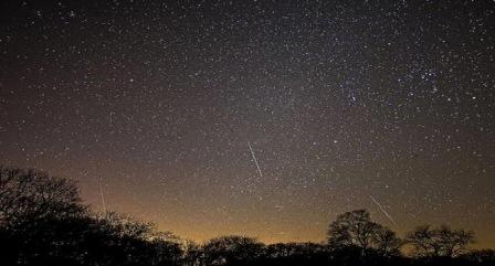 Emri:  meteor-31.jpg  Shikime: 1264  Madhësia:  40.2 KB