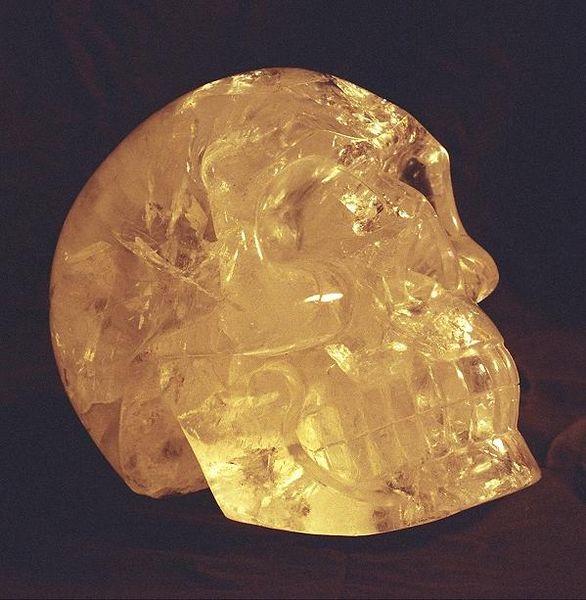 Emri:  Crystal_skull.jpg  Shikime: 313  Madhësia:  58.4 KB