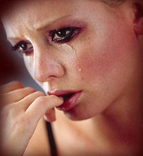 Emri:  crying-woman.jpg  Shikime: 116  Madhësia:  40.9 KB