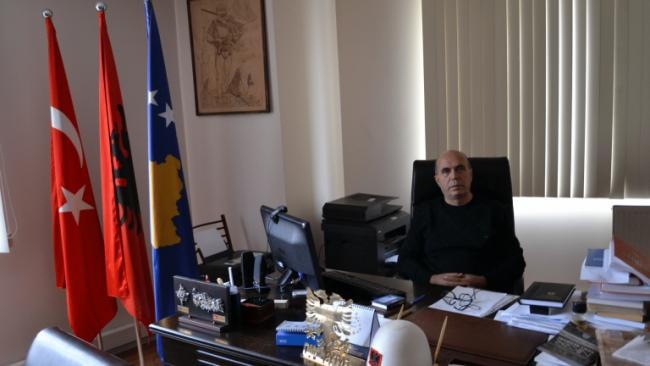 Emri:  kamil_kosova.jpg  Shikime: 160  Madhësia:  30.5 KB