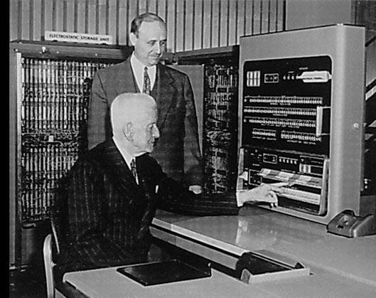 Emri:  IBM701Console.jpg  Shikime: 7975  Madhësia:  90.8 KB