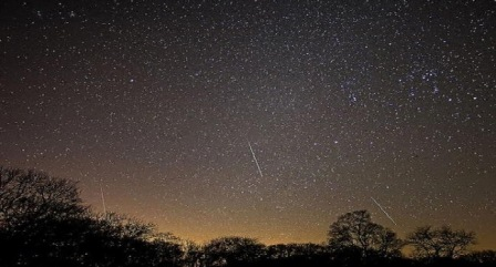 Emri:  meteor-31.jpg  Shikime: 1323  Madhësia:  40.2 KB