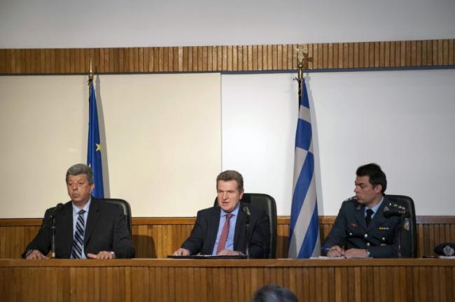 Emri:  policia-greke-2-768x511.jpg  Shikime: 711  Madhësia:  29.1 KB