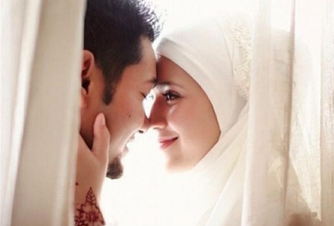 Emri:  weddingnight.jpg  Shikime: 1504  Madhësia:  22.6 KB