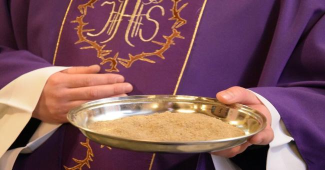 Emri:  Cose-il-mercoledi-delle-ceneri_-Perche-i-cristiani-lo-celebrano-1.jpg  Shikime: 46  Madhësia:  29.7 KB